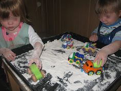 Flour Exploration - Day 1 | Pre-school Play