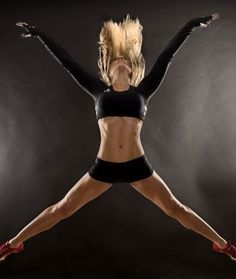 Dancing Diva Anna Kaisers Ab-Blasting Workout. Quick 12 minute video for all fitness levels