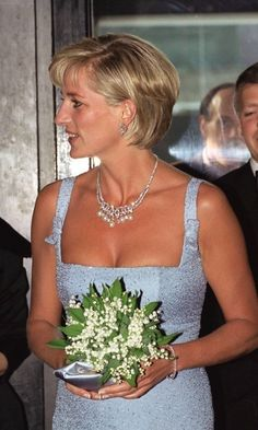 Princess Diana wore the Swan Lake Suite necklace during her outing at the English National Ballet two months before her death. Photo: © Tim Graham/Getty Images