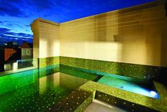 Pool81.jpg (3856×2592)