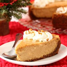 If you're looking for Christmas dessert, serve this Gingerbread Cheesecake with a gingersnap crust.