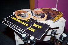 Accesorios de photocall de Star Wars. Boda rústica. Boda de Star Wars. Wedding Planner, organización y decoración de bodas en Alicante, Elche y Murcia.