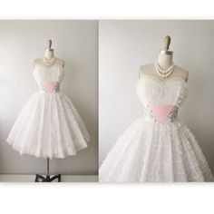 50's Wedding Dress // Vintage 1950's Embroidered Strapless Floral White Chiffon Wedding Dress Gown S