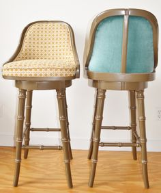 Stunning And Comfortable Barstools For Your Bar Decor Idea: Cream And Blue Wooden Barstools Forvintage Bar Decor