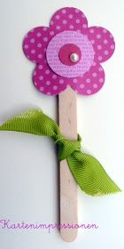 Card Impressions: Children's Workshop Mother's Day - Easy Crafts for All Kids Crafts, Mothers Day Crafts For Kids, Baby Crafts, Toddler Crafts, Diy And Crafts, Craft Projects, Popsicle Stick Crafts, Craft Stick Crafts, Childrens Workshop