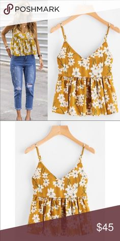 Floral babydoll top Mustard floral babydoll top, on trend! Dressy Casual Outfits, Stylish Summer Outfits, Stylish Clothes For Women, Fancy Tops, Trendy Tops, Urban Chic, Crop Top Outfits, Teen Fashion Outfits, Blouse Designs