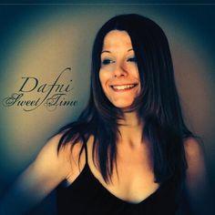 Dafni - Sweet Time, Black