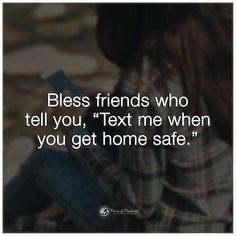 11 Signs of A True Friendship Even if people have thousands of friendships online, they usually only maintain a few close relationships. Here's how to spot a friendship that's authentic Life Quotes Love, Great Quotes, Quotes To Live By, Inspirational Quotes, Motivational Quotes, Deep Quotes, Blessed Friends, True Friendship Quotes, Friendship Songs