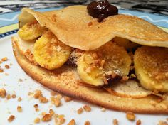 Crepes with chocolate praline, crispy nuts, biscuits and fresh banana! Crepes, Biscuits, Banana, Sweets, Fresh, Chocolate, Breakfast, Food, Crack Crackers