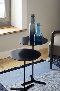 Tre Tisch von Charles O. job fuer MOX Simple, Furniture, Home Decor, Tables, Decoration Home, Room Decor, Home Furnishings, Home Interior Design, Home Decoration