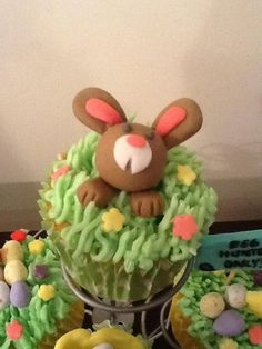 Easter Cupcakes! - by CupNcakesbyivy @ CakesDecor.com - cake decorating website