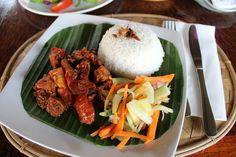 Indonesian food in Ubud   Sonne & Wolken