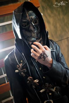 Dishonored Cosplay - Corvo Attano by Aicosu.deviantart.com on @deviantART