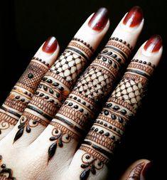 Nice Finger Mehndi With Henna Coloured Nail Henna Hand Designs, Mehandi Designs, Mehndi Designs Finger, Mehndi Designs For Girls, Mehndi Designs For Fingers, Wedding Mehndi Designs, Mehndi Design Pictures, Latest Mehndi Designs, Beautiful Henna Designs