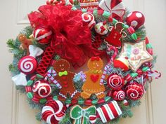 Gingerbread Wreath | 25+ Beautiful Christmas Wreaths