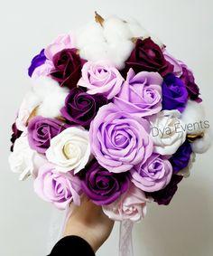 Buchet cu flori de săpun și flori de bumbac Floral Wreath, Wreaths, Rose, Plants, Floral Crown, Pink, Door Wreaths, Deco Mesh Wreaths, Plant