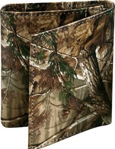 Cabela's: Weber's Camo Leather Realtree AP™ Wallets