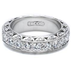 Diamonds from every angle :)! Tacori diamond wedding band #tacori #diamonds #tacori_wedding_rings