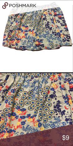 5/25 Mixed pattern mini skirt Mixed pattern mini skirt. Elastic waist Mossimo Supply Co Skirts Mini