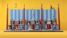 """O Museu Casa do Pontal no Rio de Janeiro, apresenta, até o dia 05 de junho, a exposição """"Máquinas Poéticas"""", que promove o encontro da obra de Abraham Palatnik, pioneiro da arte cinética no Brasil, e dos artistas populares Adalton, Laurentino, Nhô Caboclo e Saúba, a partir da temática do movimento."""