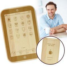Dieses FrühstücksPad ist ein Schneidebrett für Papa und genau das Richtige, wenn Dein Vater ein kleiner Technik-Nerd und -Geek ist. via: www.monsterzeug.de