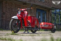 Simson Schwalbe Red Baron Vespa, Dream Garage, Baron, Cars And Motorcycles, Motorbikes, Vehicles, Red, Café Racers, Swallow