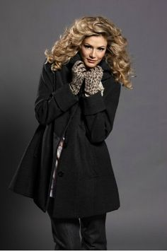 Un très beau manteau grande taille Ulla Popken ( jusqu'en taille 62, 129€)
