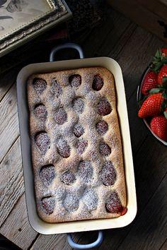 Bizcocho de fresas :: Jahodová bublanina