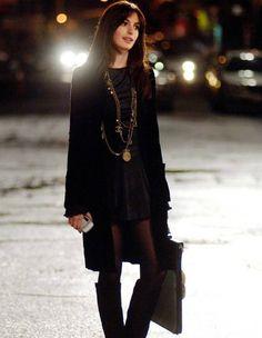 """02.01.2016. Elle Fashion. Le look de la semaine: Anne Hathaway dans """"Le Diable s'habille en Prada"""""""