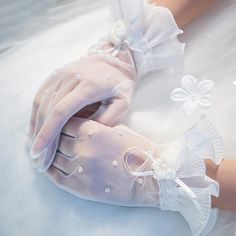 White Bridal Lace Wedding Gloves, Handmade Gloves, Lovely Gloves, TYP0550