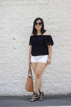 Off shoulder crochet details