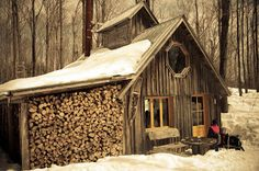 """Cabane a Sucre"" . Maple syrup season in cottage country, Quebec Building A Small House, Building Art, Cabin Design, Rustic Design, Sugar Bush, Garage Interior, Log Cabin Homes, Cabins In The Woods, Little Houses"
