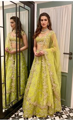 Kickstarting diwali celebrations - Kriti Sanon looks stunning in Anushree ReddySitara green tonal lehenga! Styled by Sukriti Grover for Style Cell. 04 November 2018 Buy Designer Collection Online : Call/ WhatsApp us on : Indian Bridal Outfits, Indian Bridal Lehenga, Indian Designer Outfits, Designer Dresses, Indian Party Wear, Pakistani Bridal, Indian Wear, Green Lehenga, Net Lehenga