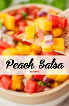 Clean, refreshing, and simple, this sweet and spicy Peach Salsa Recipe is perfect for summertime snacking. Peach Salsa Recipes, Fruit Recipes, Summer Recipes, Mexican Food Recipes, Appetizer Recipes, Fresh Peach Recipes, Fall Appetizers, Mexican Desserts, Dinner Recipes