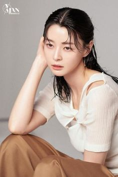 Former Hello Venus member Nara soars in popularity after 'Itaewon Class', shows off her charisma in new photoshoot Wet Hair, Korean Celebrities, Flawless Skin, Asian Actors, Nara, Aesthetic Girl, Venus, Makeup Looks, Idol