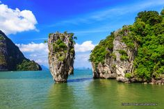 James Bond Island is a famous landmark in Phang Nga Bay. It first found its way onto the international tourist map through its starring role in the James Bond movie 'The Man with the Golden Gun'. A distinctive feature of this famous bay is the number of sheer