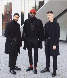 Black Outfit Men, Urban Fashion, Mens Fashion, Turtle Neck Men, Moda Blog, Look Man, Herren Outfit, Looks Black, Stylish Mens Outfits