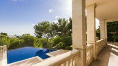 Villa in begehrter Höhenlage über dem Yachthafen von Puerto Portals http://www.casanova-immobilienmallorca.de/de/suchergebnis/expose/2401836