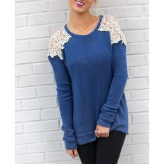 Stylish Scoop Neck Long Sleeve Hollow Out Lace Spliced Women's T-Shirt