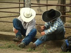 My future sons. Cow Boys, Farm Boys, Country Boys, Country Life, Country Living, Cowgirl And Horse, Cowboy And Cowgirl, Redneck Romeo, I Love Bass