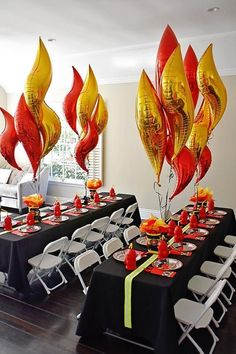 Sound the Alarm for Maverick's Fire Truck Birthday Party! - Project Nursery - Asbeh Nayeh - Sound the Alarm for Maverick's Fire Truck Birthday Party! - Project Nursery Sound the Alarm for Maverick's Fire Truck Birthday Party! Birthday Party Tables, Cars Birthday Parties, Birthday Party Decorations, Party Themes, Fire Truck Birthday Party, 3rd Birthday, Sixteenth Birthday, Birthday Ideas, Birthday Door