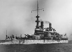 USS Indiana was the first modern battleship built by the US Navy and entered service in 1893 before serving in the Spanish-American War. Uss Indiana, Uss Massachusetts, Uss Oklahoma, Us Battleships, The Spanish American War, Heavy Cruiser, Us Navy Ships, Man Of War, Naval History