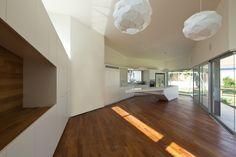 House in Hofit / Paritzki & Liani Architects