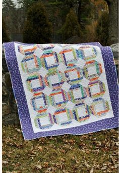 12 Fat Quarter Quilt Patterns – What Should I Do With All These Fat Quarters? | Quilt Show News