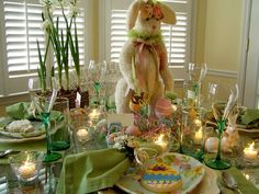 Welcome to the 31st Tablescape Thursday! Easter is just around the corner so I've been playing in the dishes again... :-) It was a gorgeous day, the afternoon I put this tablescape together. I had ...