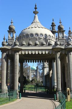 Brighton pavilion - possibly my favourite place in the world...