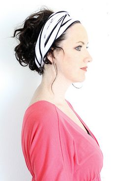 alisa burke's how-to-wear a turban headband :  http://alisaburke.blogspot.com/2012/02/fashion-friday-turban-headbands.html  IMG_2591 by mealisab, via Flickr
