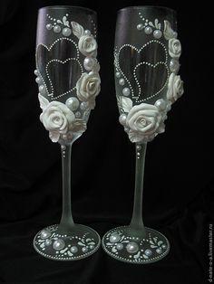 Купить Бокалы свадебные - белый, бокалы для свадьбы, бокалы для молодоженов, бокалы ручной работы