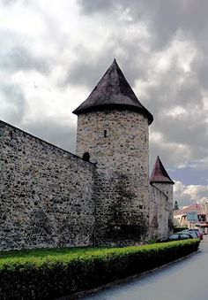 Gothic fortification of Polička (East Bohemia), Czechia Travel Magazines, Fortification, Historical Architecture, Central Europe, Armors, Eastern Europe, Czech Republic, Prague, Travelling