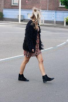 Vanilla & Velvet: furry vest, boohoo dress & chelsea boots!